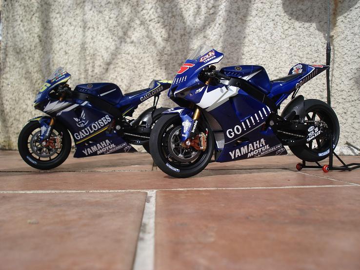 maquette moto 1/12 (hudson59640) DSC04239