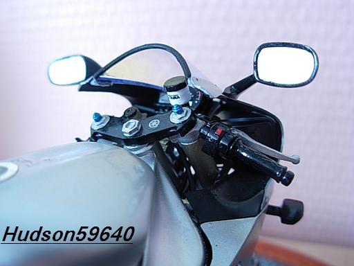 maquette moto 1/12 (hudson59640) DSCN1044