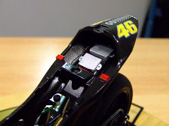 maquette moto 1/12 (hudson59640) Celica0091