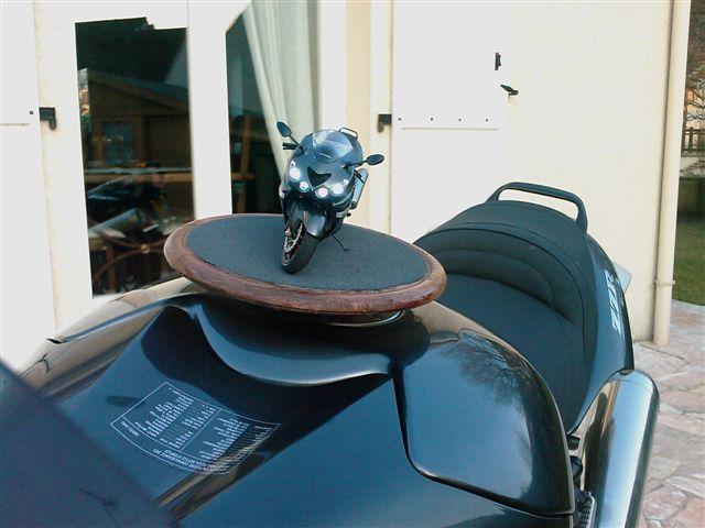 maquette moto 1/12 (hudson59640) - Page 2 IMAG0020_130
