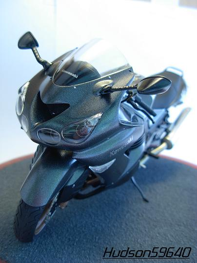 maquette moto 1/12 (hudson59640) DSCN0655
