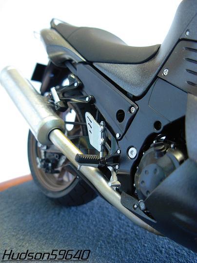 maquette moto 1/12 (hudson59640) DSCN0660
