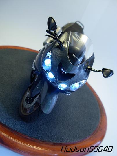 maquette moto 1/12 (hudson59640) DSCN0665