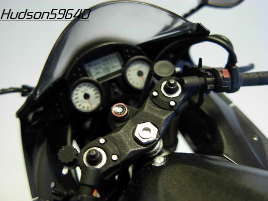 maquette moto 1/12 (hudson59640) DSCN0667