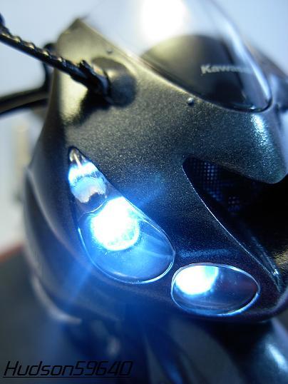 maquette moto 1/12 (hudson59640) DSCN0670